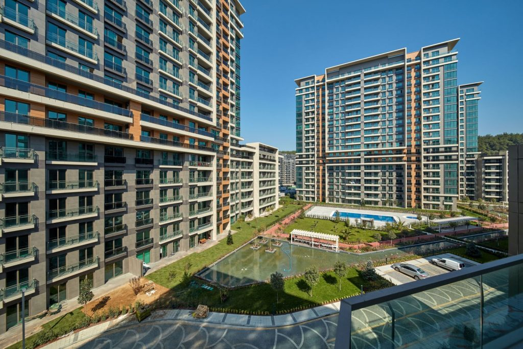 Breathtaking Apartments and shopping Mall in Maslak, Istanbul 7